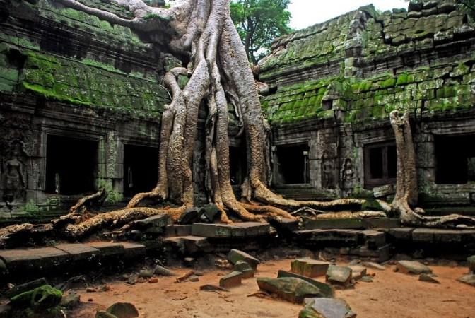 Angkor Wat Temple 3