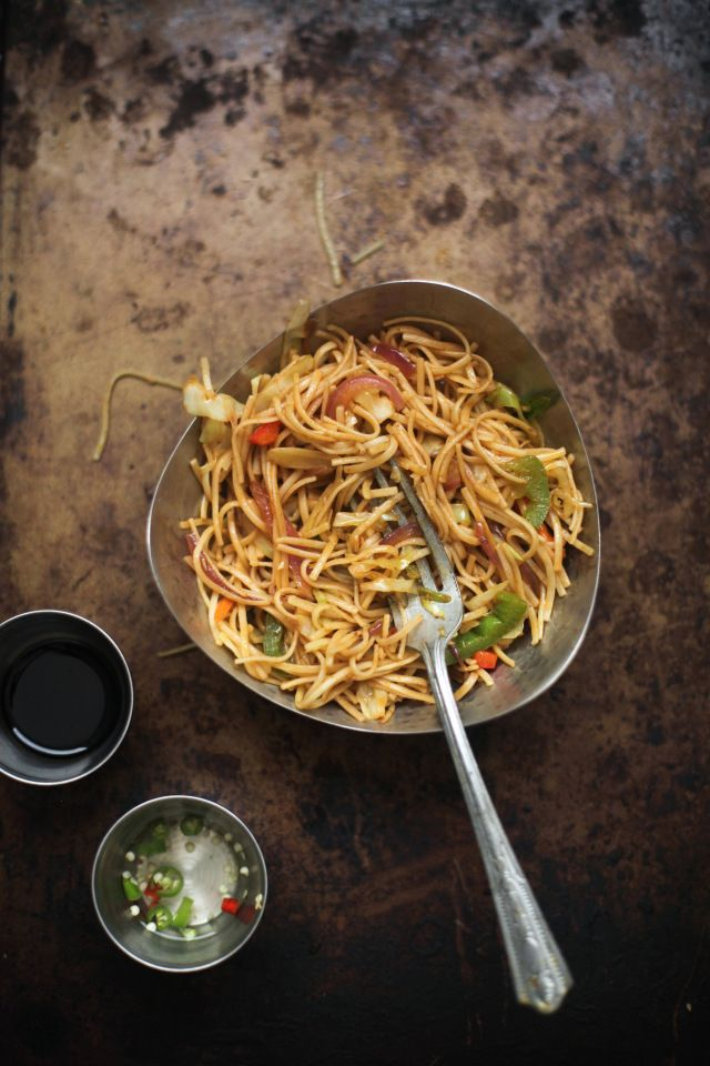 Hakka Noodles 1