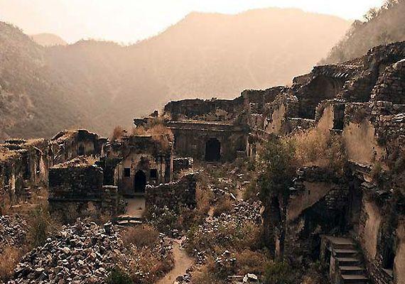 Haunted Bhangarh village in Rajasthan 4