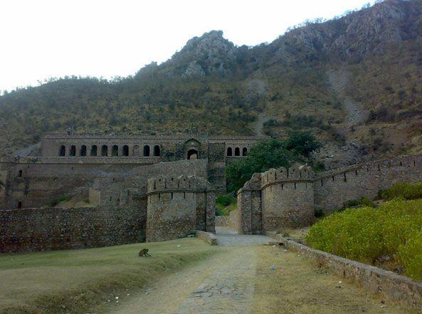Haunted Bhangarh village in Rajasthan 5
