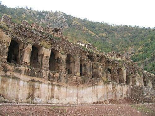 Haunted Bhangarh village in Rajasthan 6