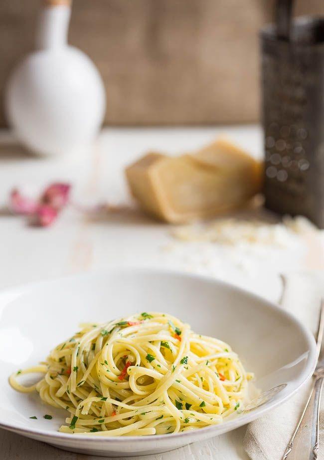 Spaghetti Aglio E Olio - italian pasta 1