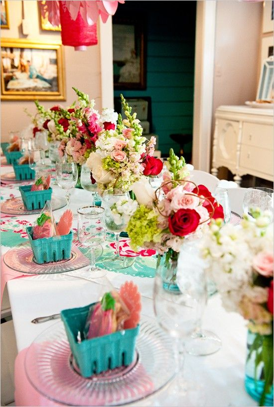 It s time for the housewarming party in your new home for How to organize a housewarming party