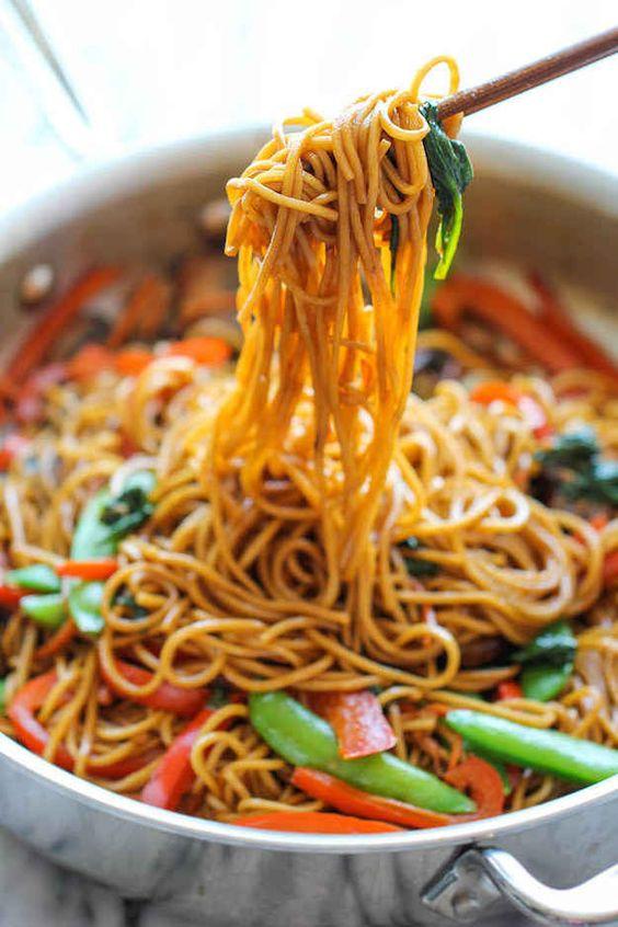 Schezwan Noodles 3